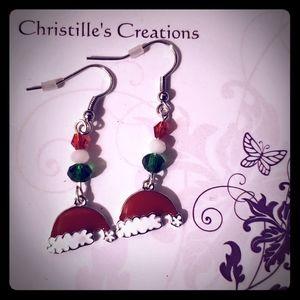Women's fashion holiday earrings!